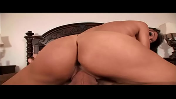 Big titted milf with super sexy pussy lips hard fucked by a big cock in her cunt