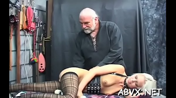 Older woman extreme bondage in naughty xxx scenes Thumb