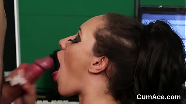 Sexy honey gets jizz load on her face gulping all the load