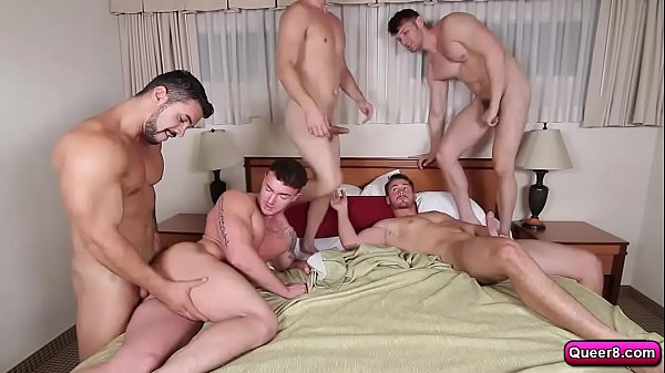 Orgy with thieves
