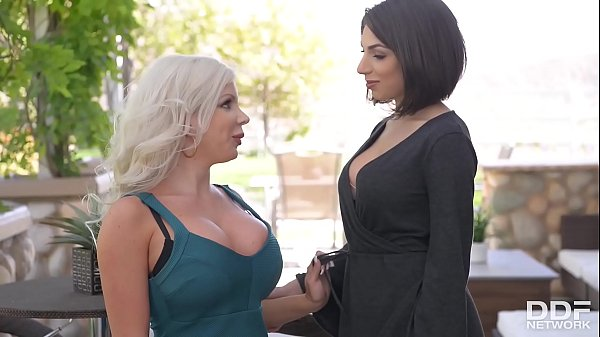 Busty vixens Savannah Stevens & Darcie Dolce fill their pinks with sex toys  thumbnail