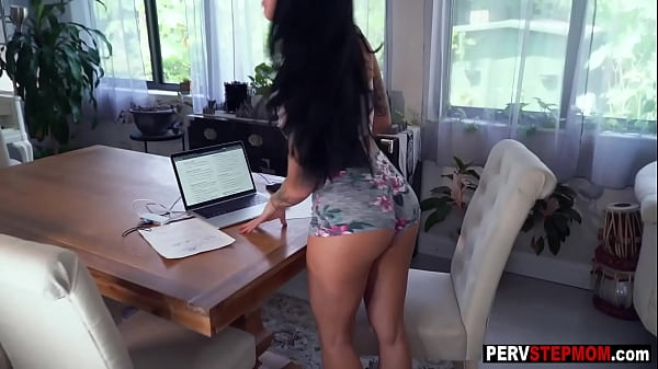 Tattooed stepmom Lillith Morningstar helps a dirty stepson and sucked his big penis
