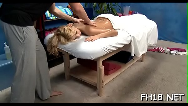 Hawt 18 year old gril gets fucked hard doggy position by her massage therapist