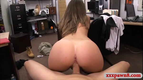 Amateur babe fucked by nasty pawn keeper