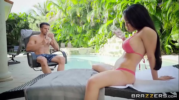 Brazzers - Emily Mena - Dirty Masseur Thumb