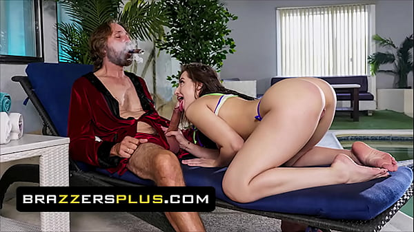 Pretty Babe (Aubree Valentine) Rides An Old Man And Gets His Load In Her Mouth - Brazzers