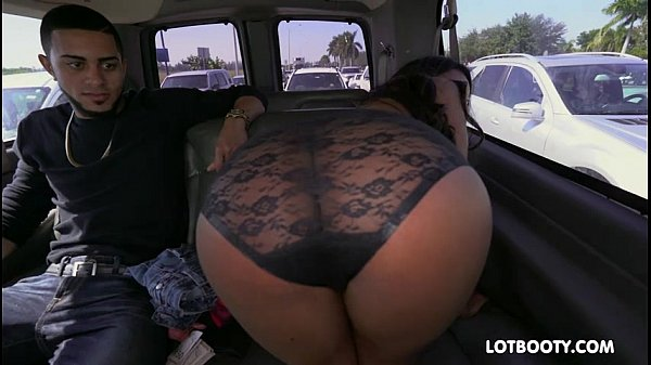 big black ass fucked in car -