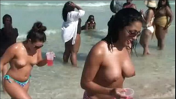 Hot firm nude boobs walking jiggling along beach topless HD] Thumb