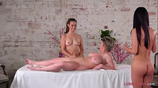 Three goddesses decide to massage each other - Dee Williams, Cassidy Klein, Jaye Summers