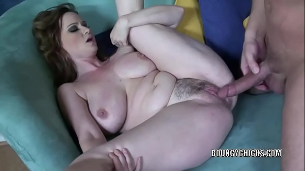Curvy MILF Violet Addamson takes a dick in her tight twat Thumb