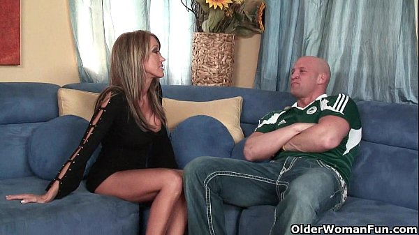 Busty soccer milf Kristina Cross takes a rough pounding Thumb