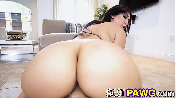Try not to cum watching Big booty Valerie Kay fuck all day