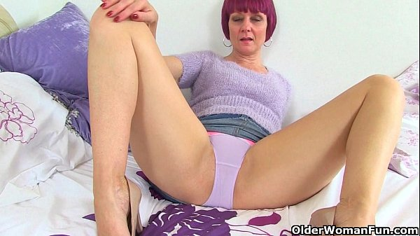 British milfs Penny and Elaine fuck their moist pussy with a dildo Thumb