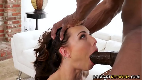Aidra Fox Makes Hard A BBC With Her Feet Before She Gets Fucked