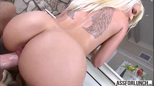 Babe Stevie gets her juicy wet pussy banged by Mike