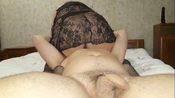 Mature stepmother sit on stepson's face. Facesitting