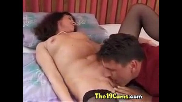 Mature in Stockings: Free MILF Porn Video 2a