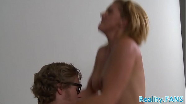 Cockriding MILF gives nerd his first fuck Thumb