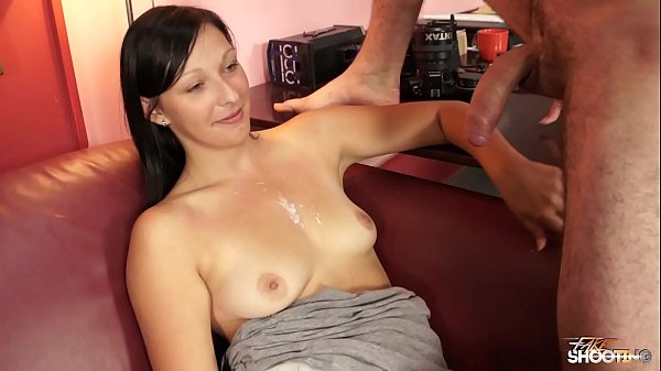 Hard fucked babe waiting for her job offer but didnt get any Thumb