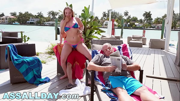 Harley Jade Gets Her Pussy Pounded Behind Grandpa's Back! Thumb