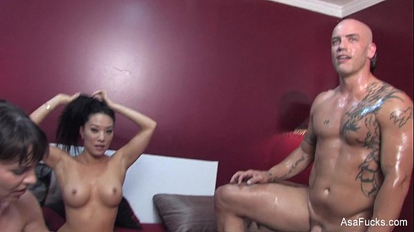 Behind the Scenes with Asa Akira, Dana DeArmond