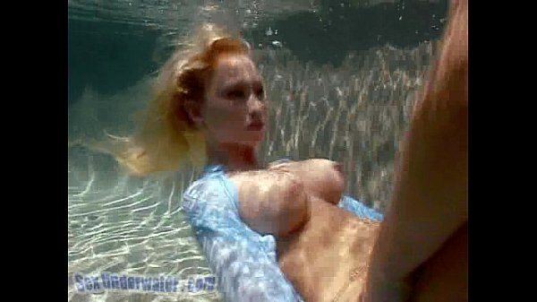 Madison Scott is a Screamer... Underwater! (2/2) Thumb