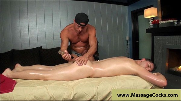 2018-12-25 04:44:48 - muscule gay massage 6 min  HD http://www.neofic.com