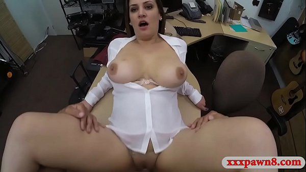Sexy business woman nailed by pawn guy