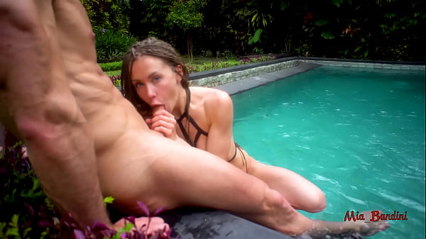BEAUTIFUL BABE FUCKED ASS TO MOUTH NEAR THE OUTDOOR POOL. MIA BANDINI