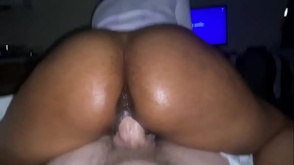 Caramel cutie reverse cowgirl on hubby's white dick
