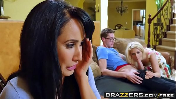 Brazzers - Tempted By Teens Aubrey Gold and Isis Love and Buddy Hollywood Thumb