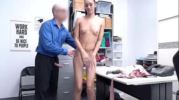 Gia Vendetti Have To Undress And Fuck Owner - Cut Purs Milf Thumb