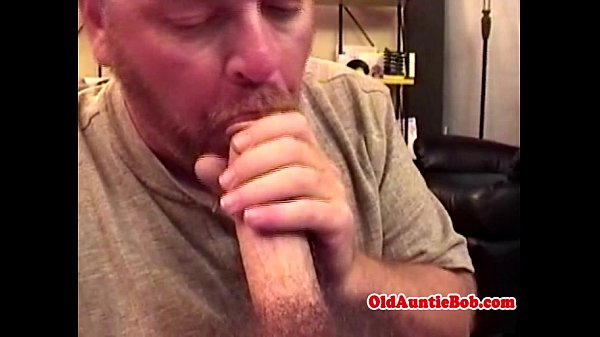 2018-12-25 20:46:44 - Old gay toad sucking younger dude 6 min  http://www.neofic.com