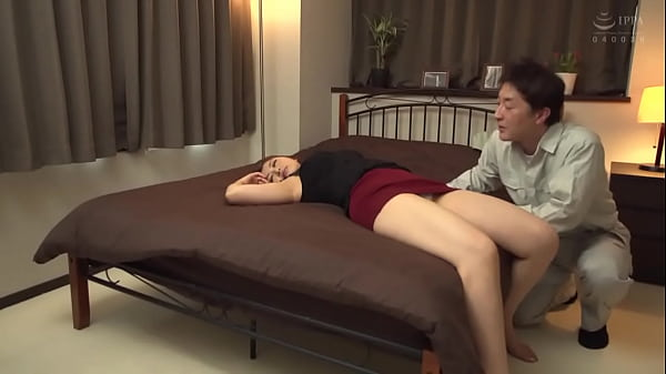 Drinking Married Woman 2 Perverted Manager Fuck...