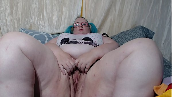 Bored SSBBW Camslut TheSweetSav Playing with Herself in a sheer nightshirt
