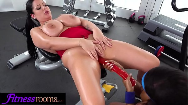 Fitness Rooms Ebony UK gym bunny Kiki Minaj licks busty babe Anissa Jolie Thumb