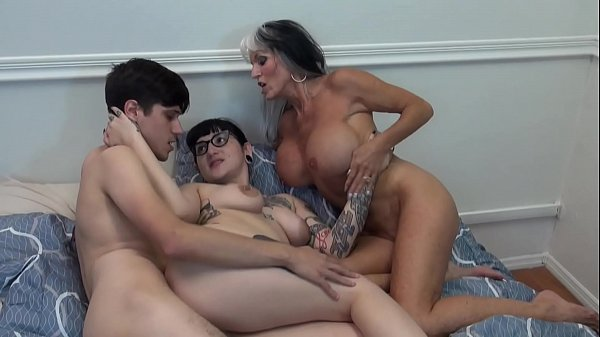 Mommy Made Us FUCK Taboo mommy son daughter