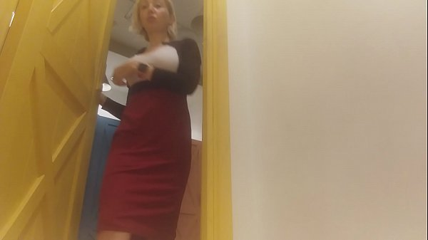 HIDDEN CAMERA! hot fitting room ;) Thumb