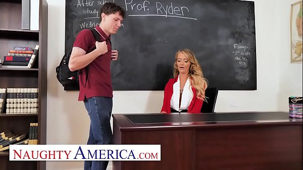 Naughty America - Linzee Ryder has a crush on her student