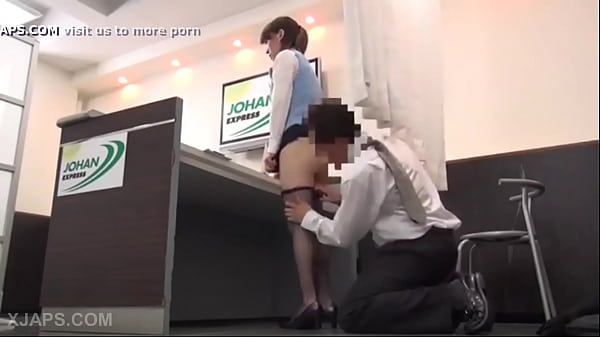 The secretary of a Chinese airport is fucked by her boss Thumb