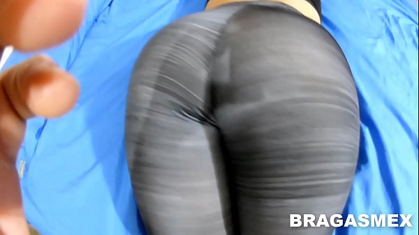 sex with my secretary, she looks hot in Spandex