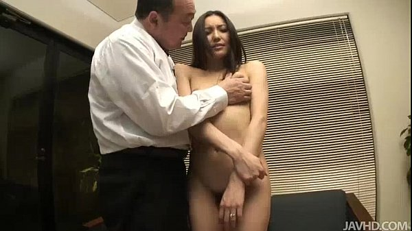 Nozomi Mashiros job interview includes tit and pussy sucking Thumb