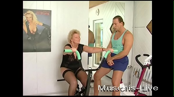 Unbelievable, Grandma fucks with the fitness in...