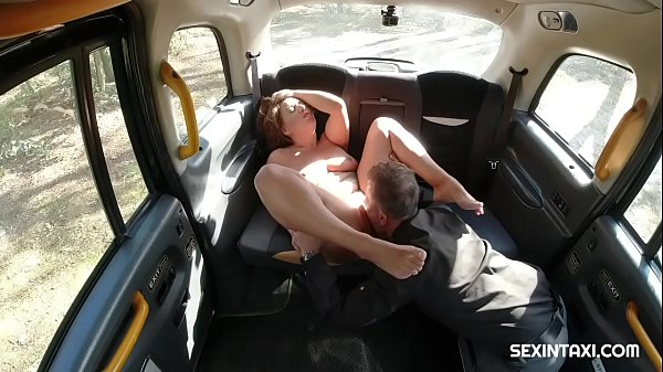 Busty horny milf gets fisted her pussy Thumb