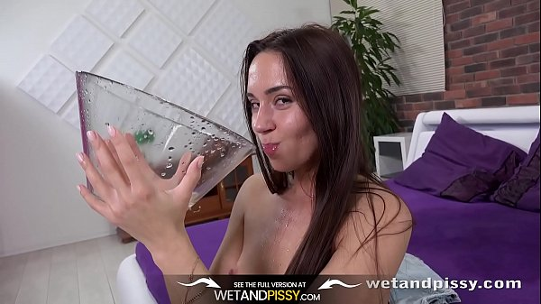 Piss Drinking - Teen Swallows Piss From a Bowl