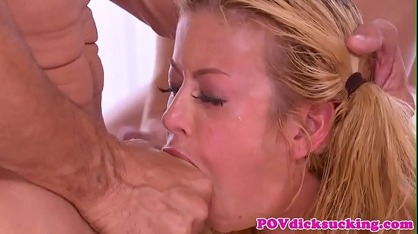 Deepthroating babe blowbangs multiple cocks