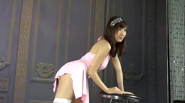 Abby Chinese Model Body Show Off