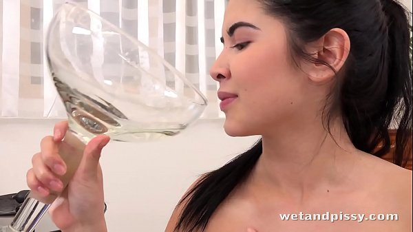 Piss Drinking - Lady Dee gulps down her pee after vibrator play