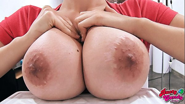 Huuge Boobs Blonde Teen, Big Bubble Butt and Meaty Cameltoe. Thumb