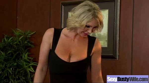Hard Sex On Tape With Slut Bigtis Housewife (leigh lezley) mov-20